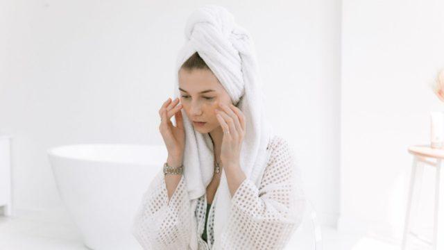 Mengurangi Kerutan di Wajah Dengan Etawa Kefir Mask